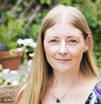 Bookouture signs two thrilling police procedural novels from J.M. Hewitt