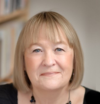 Bookouture sign a three book deal with historical fiction author Liz Trenow
