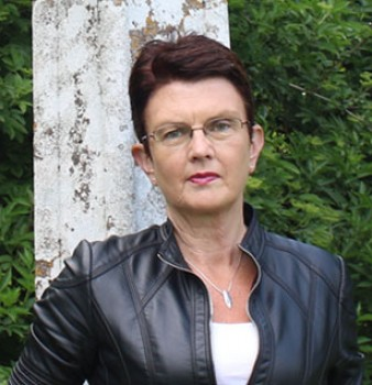 Patricia Gibney sells 1 million copies fourteen months after her debut novel is published