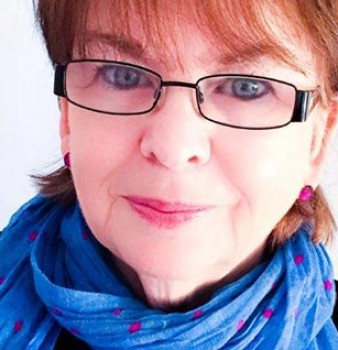 Bookouture sign two more books from bestselling author Sandy Taylor