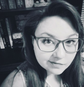 Bookouture sign debut psychological thriller author Vikki Patis